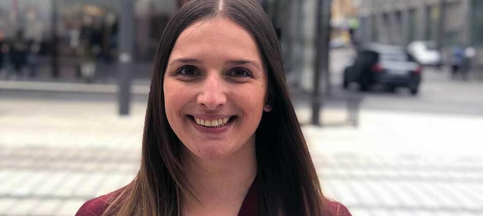 Unser Sales-Team (3): Angelika Carey kümmert sich um Kunden-Performance